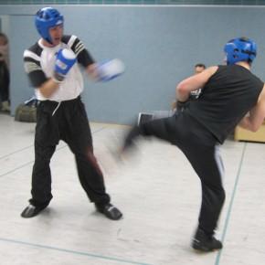 Vorbereitung zur Kickbox-Gürtelprüfung